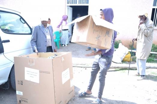 ECSU Community Donates to Mekedonia
